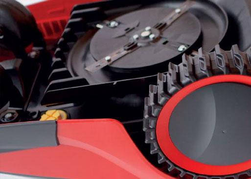 | AL-KO Robolinho® Autoupdater - Krok 8: Naładuj robota do co najmniej 80%